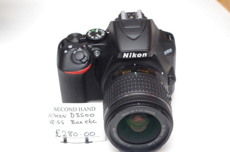 Nikon D-3500